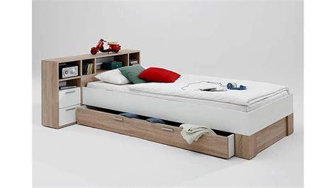 bett einzelbett bett fabio einzelbett kinderbett in eiche und wei 223 70x200