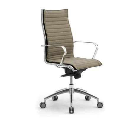 poltrone per ufficio poltrona e sedia direzionale da ufficio sedute