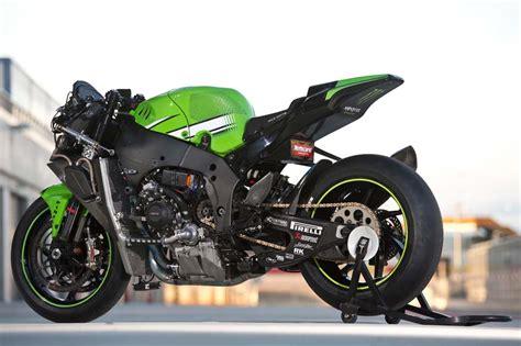 test superbike jonathan rea s kawasaki zx 10r superbike