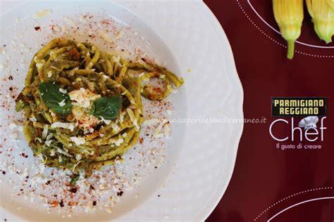 prezzo fiori di zucca spaghetti con fiori di zucca pesto e crema di parmigiano