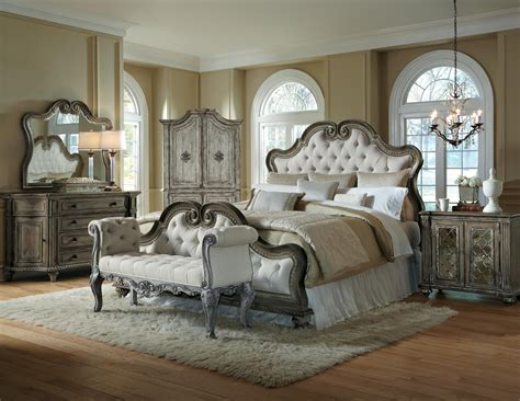 arabella bedroom furniture pulaski furniture arabella king upholstered bed darvin