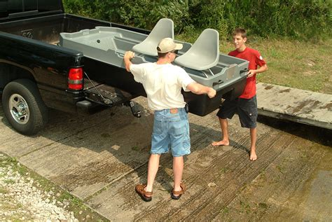 sun dolphin boat sportsman sun dolphin sportsman fishing boat review fishin things