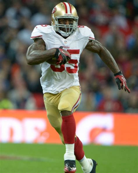 vernon davis benched 10 best bodies in pro sports rm healthy