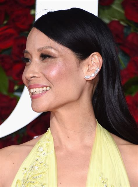 lucy liu straight hair the glossiest a list styles instyle uk lucy liu long straight cut newest looks stylebistro