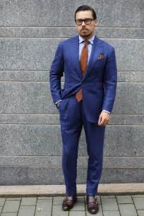 what color tie with light blue shirt blue suit light blue shirt and brown calf leather shoes