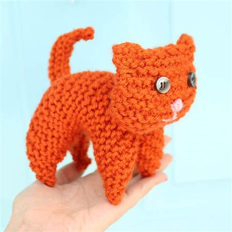 free knitting pattern cat motif easy plush cat free knitting pattern gina michele