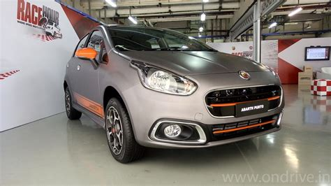 fiat punto india fiat abarth punto launched in india for 9 95 lakh