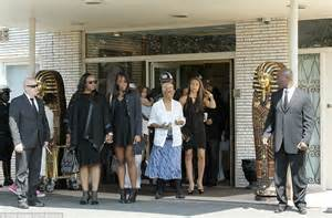 what does whitney thores dad do bobbi kristina s father bobby brown absent as she s buried