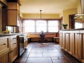 Best Small Kitchen Designs 2013 Designs For Small Kitchens Best Small Kitchen Cabinet