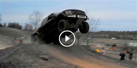 wife    mad crazy redneck destroyed family truck ford  svt raptor  car