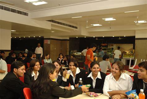 Amity India Mba by Amity Noida