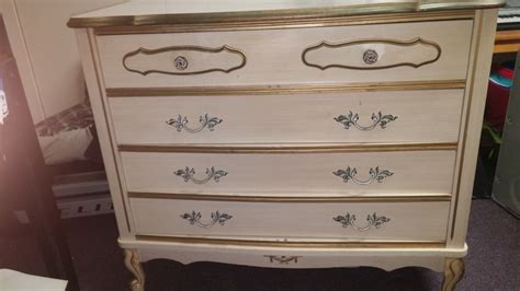 white french provincial bedroom set i believe my bedroom set is a dixie white french