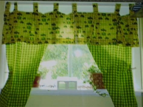 john deere curtains john deere curtains zaneta quilt creations pinterest