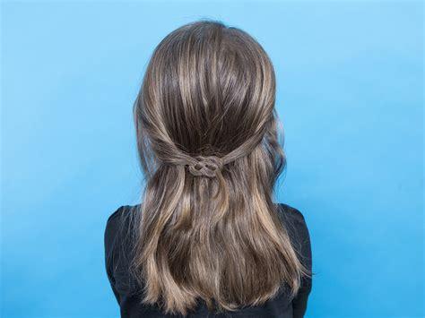 plait hair parents kids hair how to do a pretzel braid video today s parent