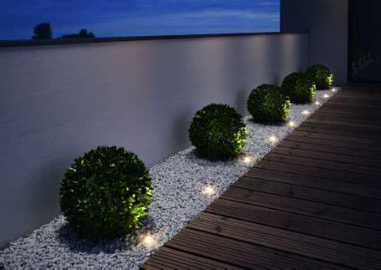 imagenes de jardines frontales pequeños peque 241 as luces de jardin gardens