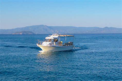 house boat adventures boat adventure аренда катера круизы пефкохори