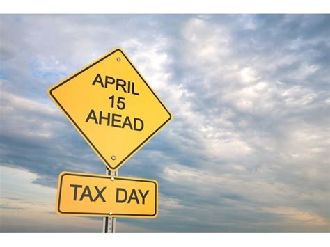 Post Offices Open Late by 2015 Tax Deadline Is Your Post Office Open Late