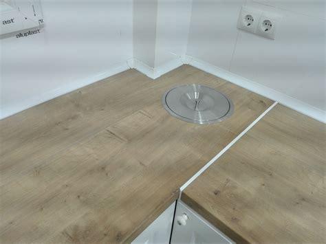 encimera aglomerado instalar una encimera de aglomerado para la cocina leroy