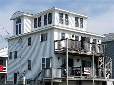 3 story house 4 bedroom 3 story house across from the vrbo