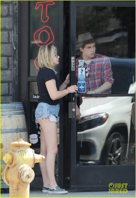 chloe moretz tattoo moretz beckham stop by a shop