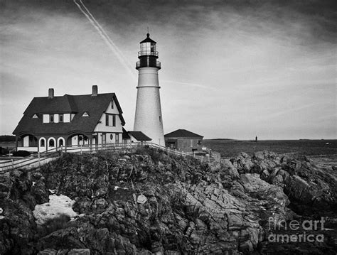 Drawing House Plans Online lighthouse at cape elizabeth me ii black and white