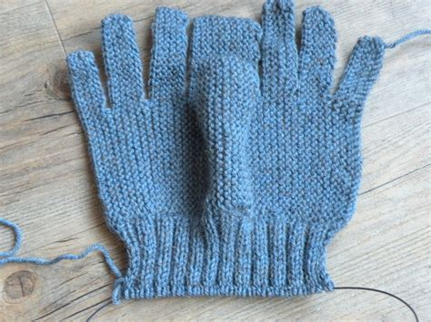 how to knit gloves with circular needles just skirts and dresses knitting gloves on two needles