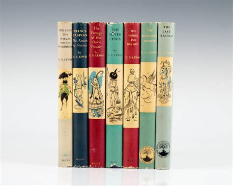 wardrobe picture book the chronicles of narnia set the the witch and the