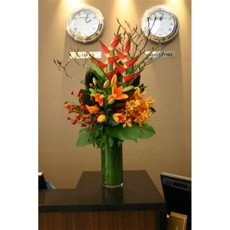 best flowers for office desk 16 best images about reception displays on