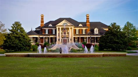 dwight howard house 11alive com georgia mansion built for 40m sells for 8 8m