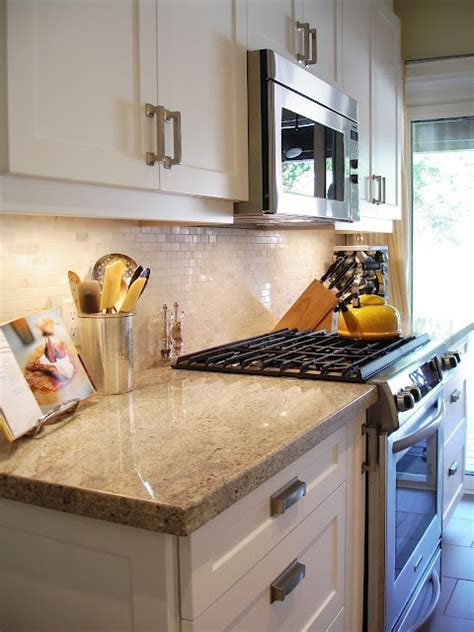 mini subway tile kitchen backsplash kashmir white granite and mini subway tile backsplash