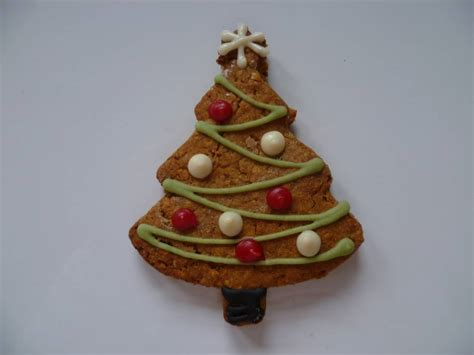 christmas tree cookie gift box by doggie patisserie