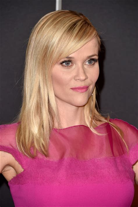 how to cut reese witherspoon bangs reese witherspoon long straight cut with bangs reese