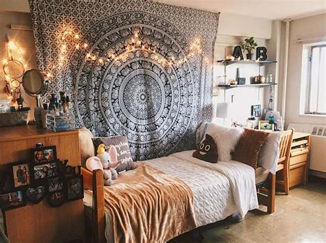 cute diy dorm room decorating ideas on a budget 36