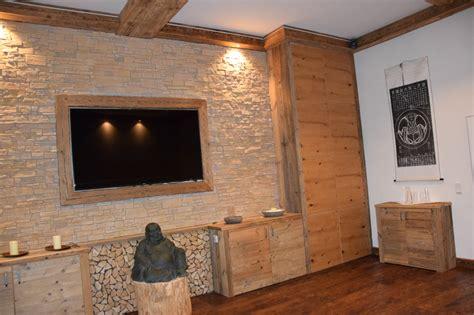 wohnzimmerverbau modern m 246 bel nach ma 223 tirol m 246 bel aus altholz hecher
