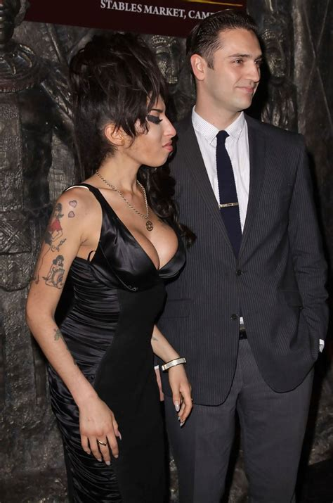 Winehouse Engaged by More Pics Of Winehouse Wings 3 Of 7