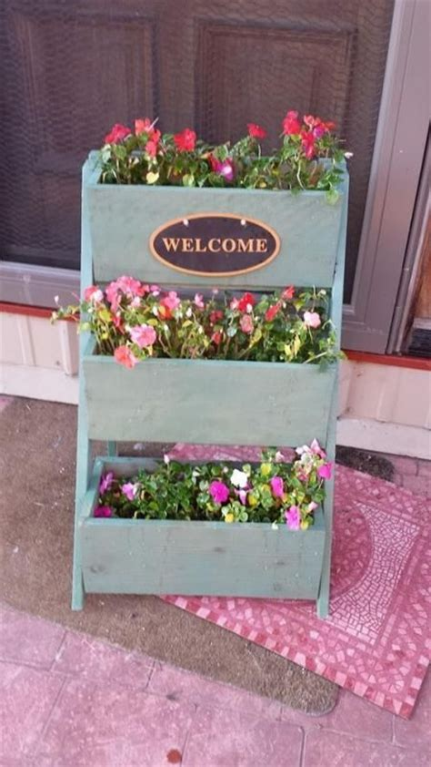 Do It Yourself Planters by Cedar Planter Do It Yourself Home Projects From