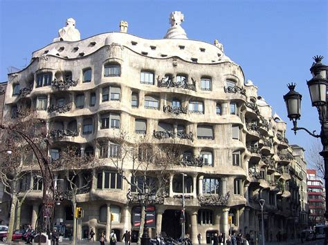casa mil 224 la enciclopedia libre - Gaudi Casa Mila