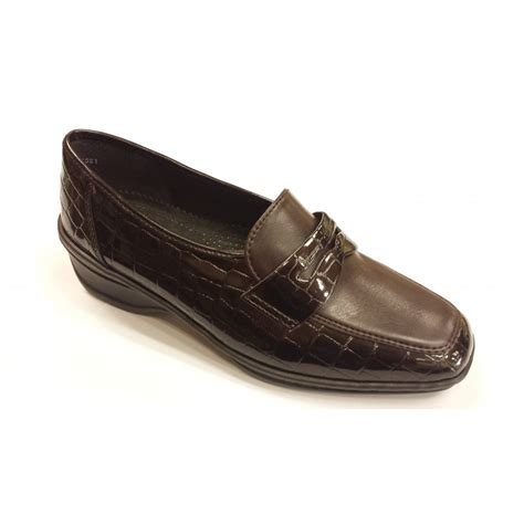 comfort shoes 61170 03 brown patent croc comfort shoe