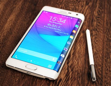 Samsung Galaxy Note 4 And Galaxy Note Edge Unleashed At Ifa 2014 Samsung Galaxy Note Edge 4g Finally A Curved Screen That S Actually Useful Hardwarezone Sg