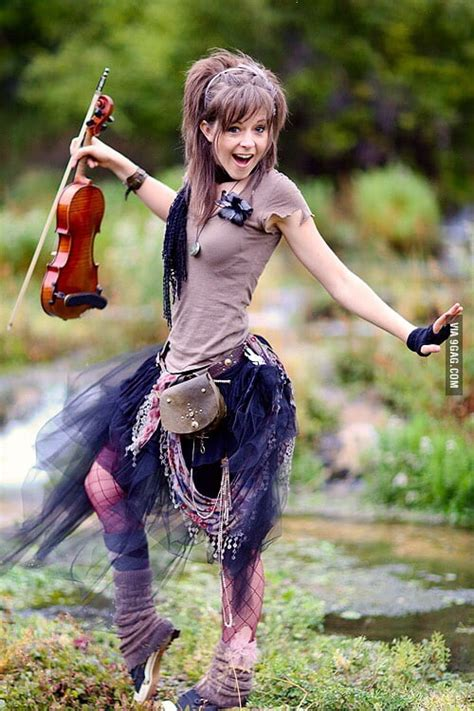 lindsey stirling i want to hug her body 9gag