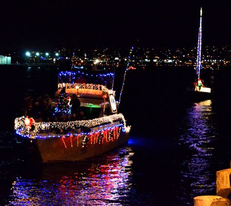 san diego bay parade of lights the guide to the san diego bay parade of lights