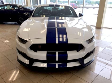 mustang shelby stripes ford mustang racing stripes shelby style shine graffix