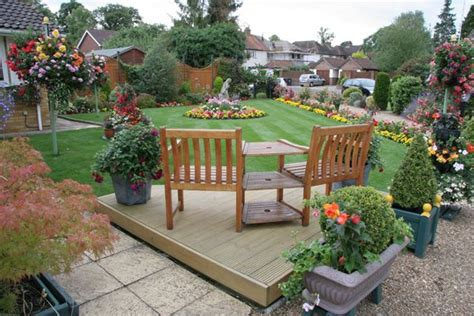 Garden Landscape Ideas For Small Gardens Sitting Area Decorating Ideas Garden Landscape Design Ideas For Small Garden With Sitting