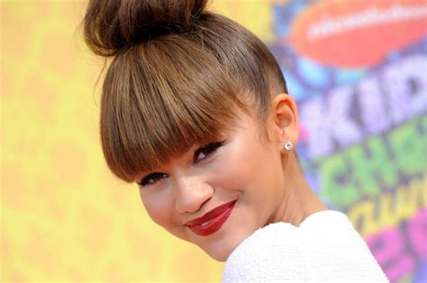 hair style kc undercover zendaya is rocking a new do popmania
