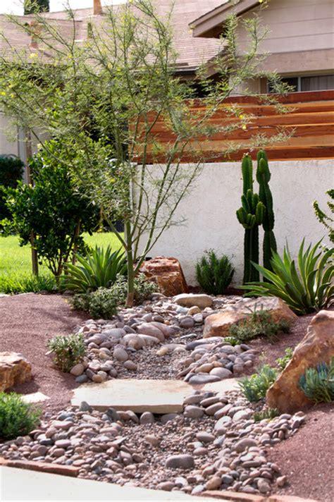 Cing In Backyard Ideas by Frontyard Landscape Ideas Succulent Gardens Design