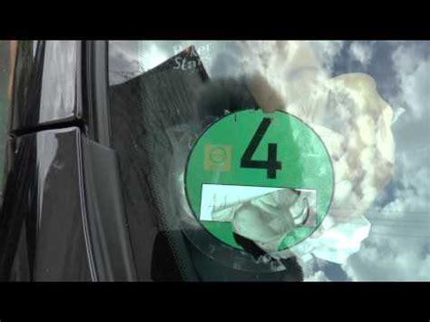 Vignette Aufkleber Entfernen by Umweltplakette Vignetten Aufkleber Am Auto Kfz Entf