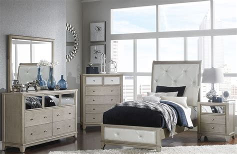 White Youth Bedroom Furniture by Odelia Pearl White Youth Platform Bedroom Set From