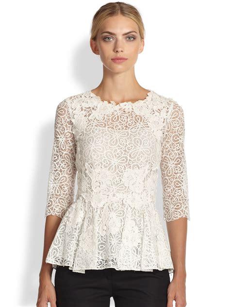 Floral Peplum Blouse Dress Atasan Wanita lyst oscar de la renta floral lace peplum blouse in white