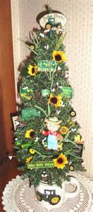 do you like john deere how about this 18 quot lighted tree