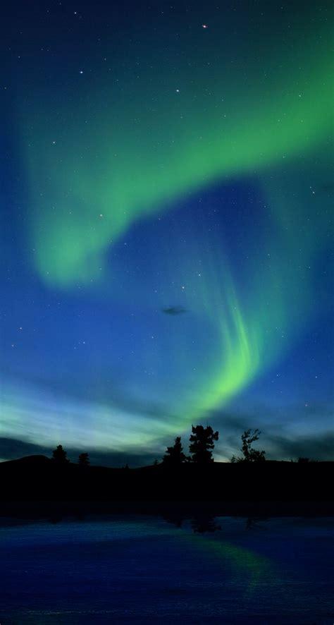 borealis northern lights iphone 5 wallpaper ipod